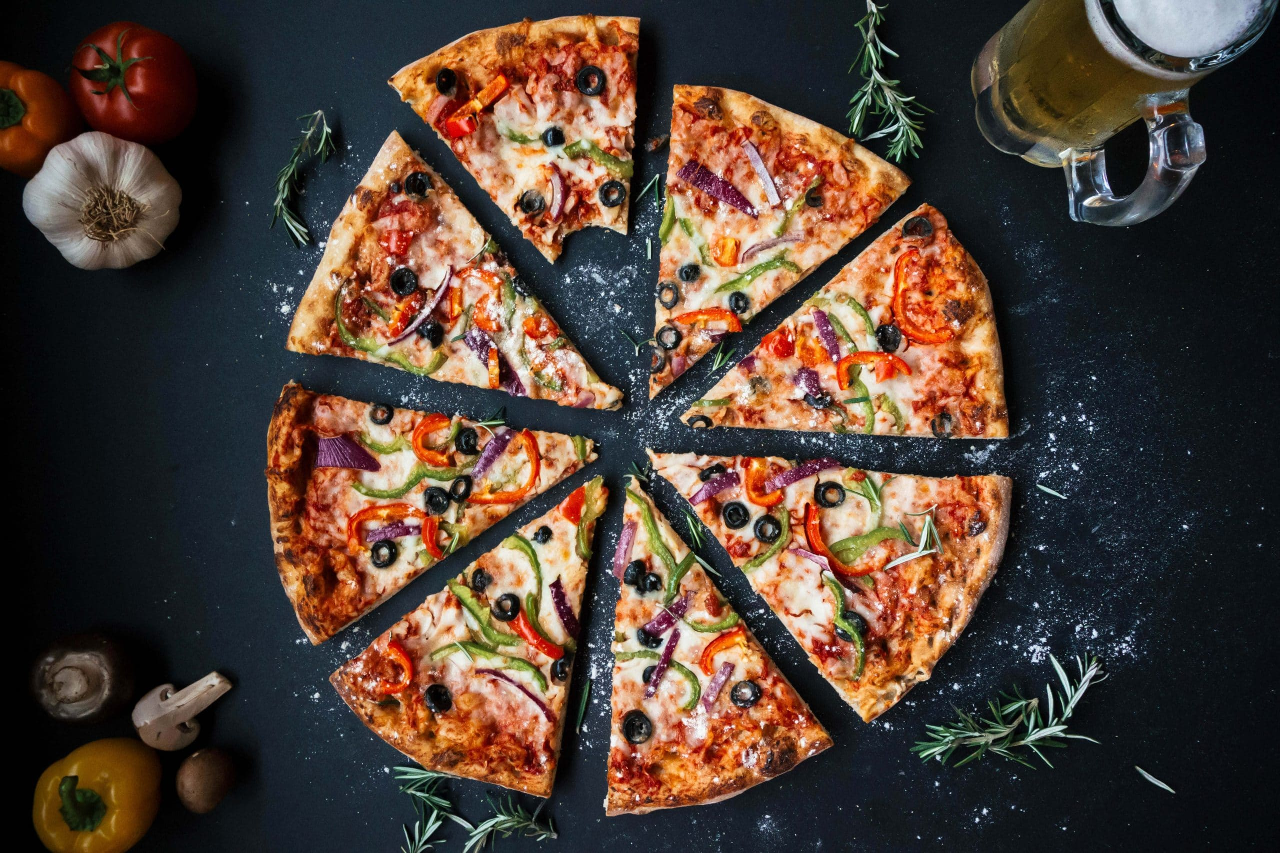 In Singapore There Are At Least 10 Pizza S Around The Country This Is Shown How People Keen To Italian Special Dish