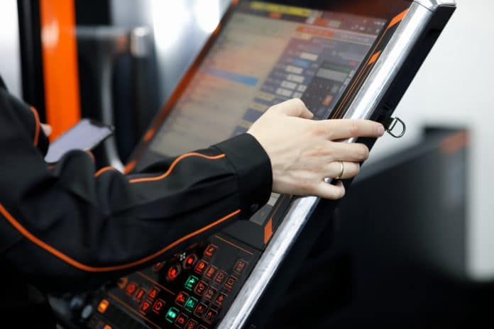 Beginner's Guide to Industrial Touch Screen Monitors