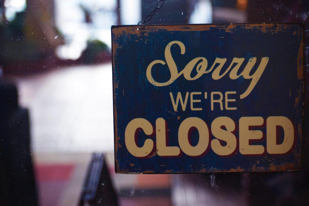 Alasan mengapa restoran bangkrut